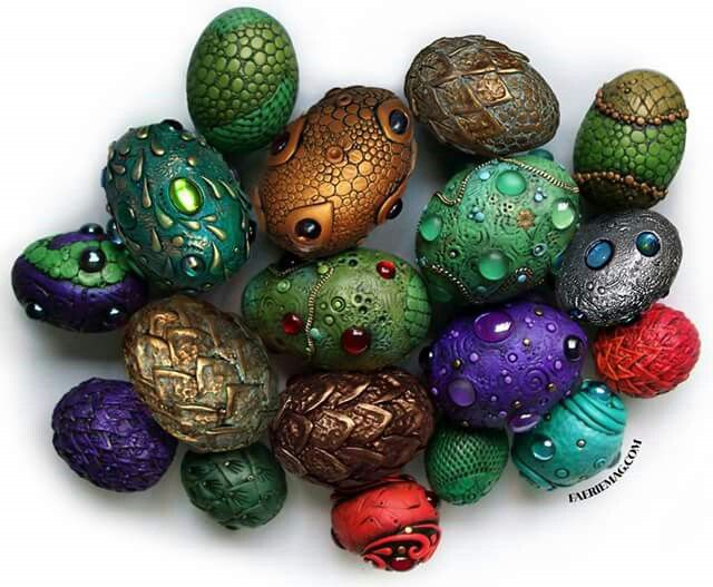 Dragon eggs. I want to try to make these for my garden!