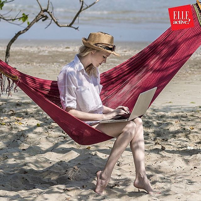 Approfitta delle vacanze per fare networking. E diventare amica di chi domani potrà dare una svolta alla tua vita -- storie per riflettere aspettando #elleactive nel link in bio -- Thanks to @cocacolait @alleanza.assicurazioni @ikeaitalia @qvc_italy #morewomen #elleitalia  via ELLE ITALIA MAGAZINE OFFICIAL INSTAGRAM - Fashion Campaigns  Haute Couture  Advertising  Editorial Photography  Magazine Cover Designs  Supermodels  Runway Models