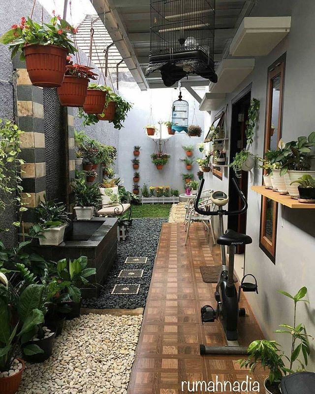 Inspirasirumah Dari Windadwiastari Home Exterior Makeover Interior Garden House Exterior