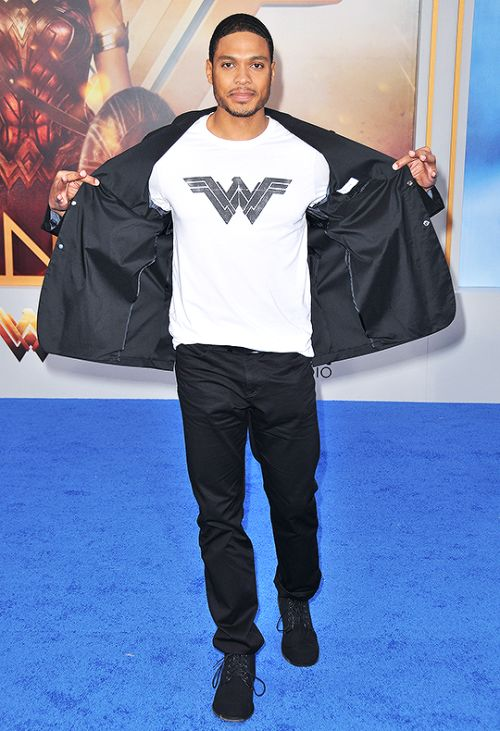 dcvertigodaily: Ray Fisher at Wonder Womans Premiere...