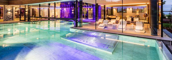 Lichtstudio Lichtdesign Leuchten · REFERENZEN · Meran Südtirol Italien  #lighting projects #hotellighting #südtirol #italy #luxuryhotel
