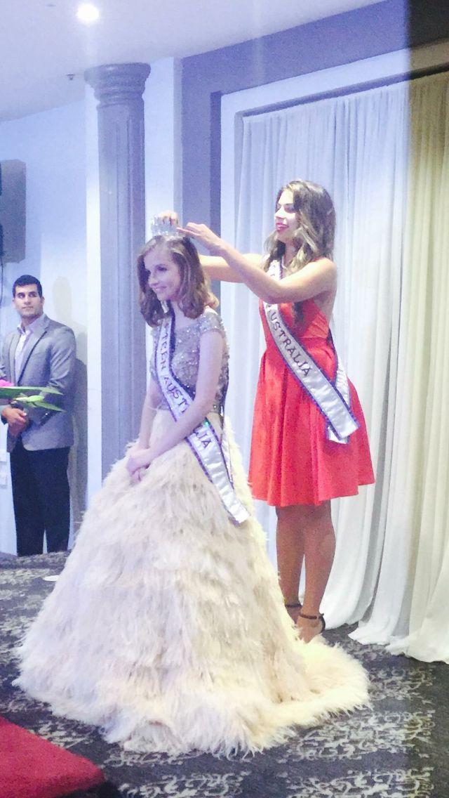 Crowning of Miss Teen Australia
