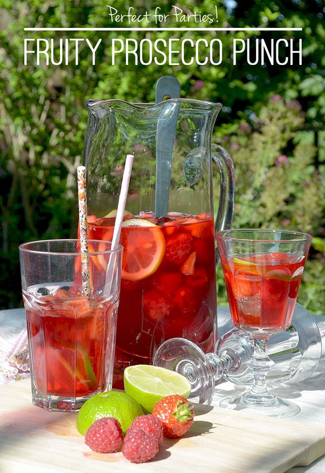 Summer Cocktails: Fruity Summer Prosecco Punch