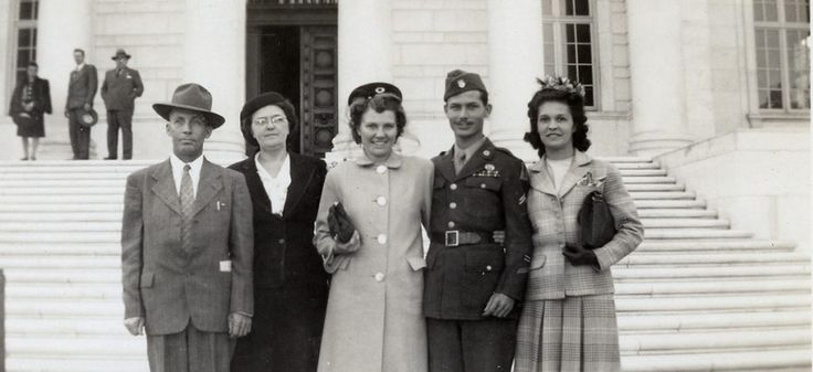 Desmond Doss with his wife Dorothy and friends | Desmond ...