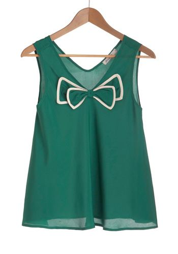I would love to pair this with some highwaisted shorts!