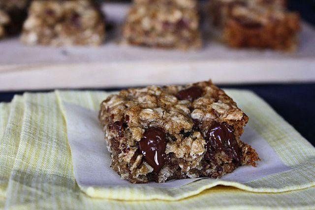 Banana Oatmeal Breakfast Bars | Repeat Eats | Pinterest