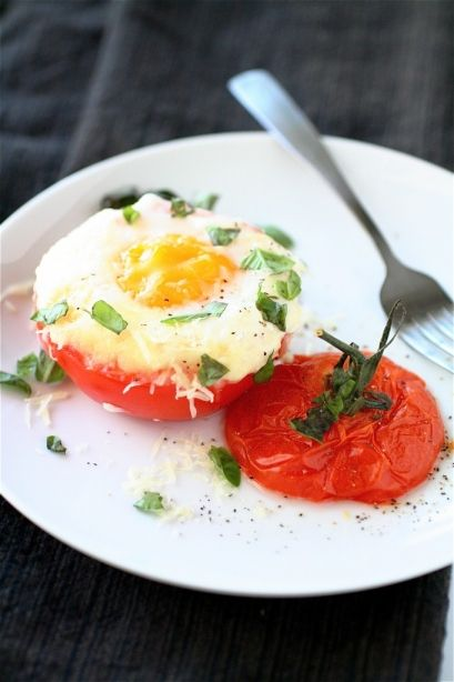 1100 calorie plan - main dish - dinner - low carb - breakfast - Baked eggs in tomato cups