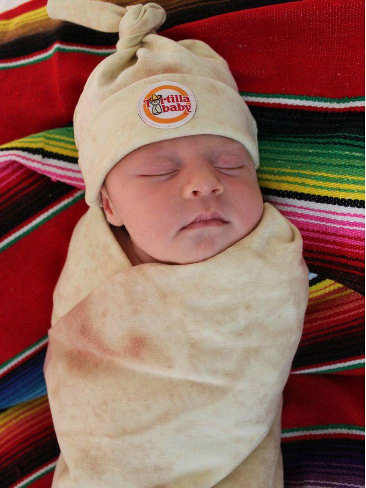 Une couverture qui transforme votre bébé en... burrito