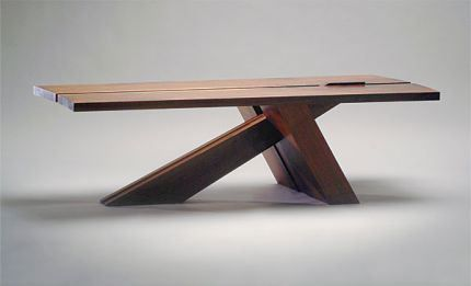 011226085_02_cantilevered-coffee-table_xl_lg.jpeg