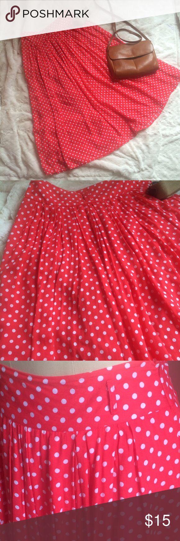 "ATown Polka dot Long Pleated Skirt ATown Polka dot Long Pleated lined Skirt 100% Rayon 31"" in length 28"" waist Skirts A-Line or Full"