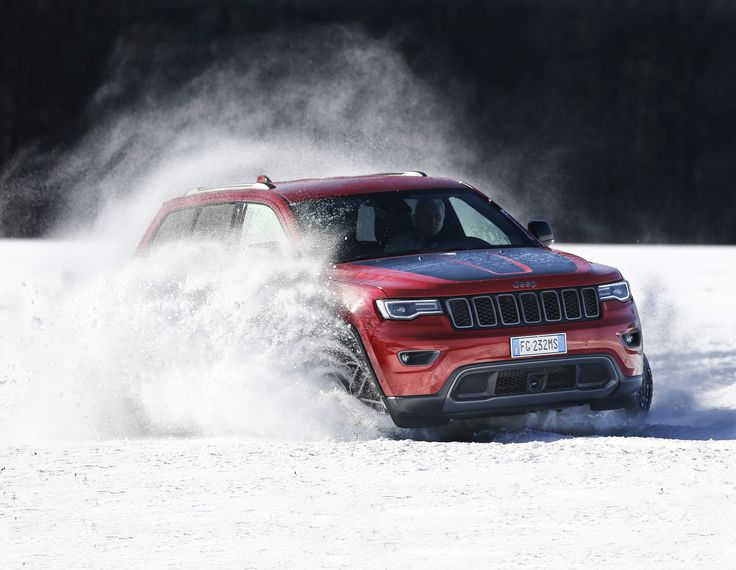 Jeep Grand Cherokee Trailhawk 3.0 V6 - https://www.topgear.nl/autotests/jeep-grand-cherokee-trailhawk-30-v6-test-2017/