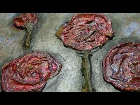 Hobbykrea: Sådan kan mixed media flower art laves