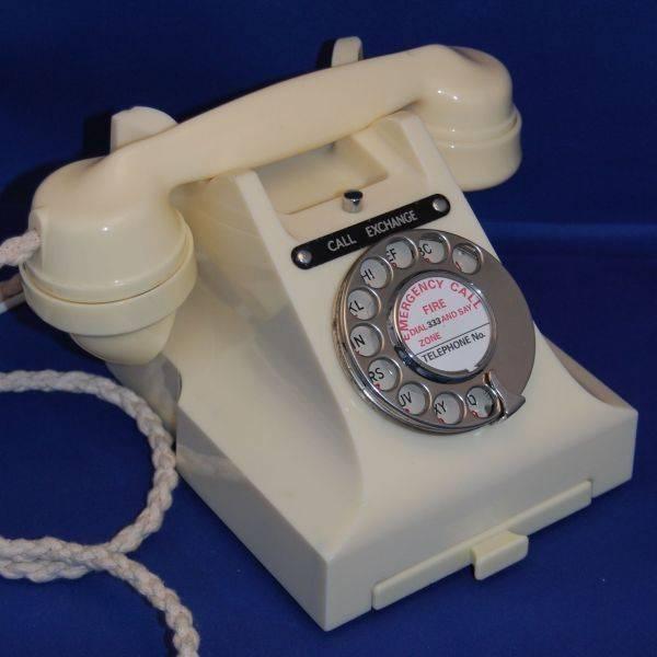 Vintage 1950s Ivory GPO Series 300 Bakelite Telephone