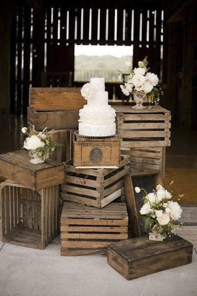 50 Hot Yard Sale and Flea Market Finds (and How to Use them in Your Wedding): Part One----use crates as display for wedding