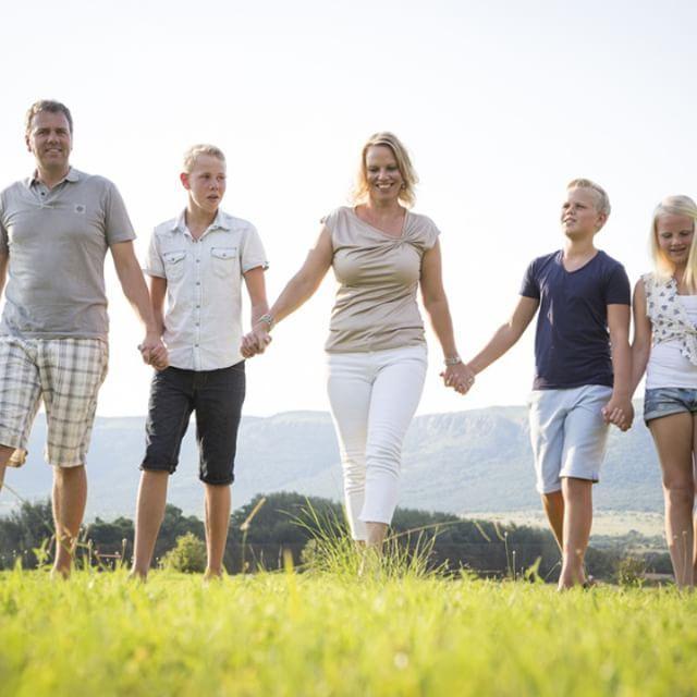 Family Session near the Magaliesberg Mountain Range :-) #happy #Family #photography #session #mountainrange #landscape #stokerstudio