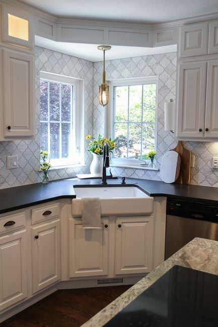 18 space saving corner sink ideas that are ideal for small kitchens - Corner Kitchen Sink Ideas