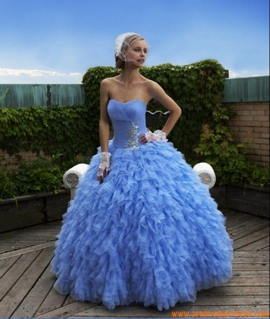 ontwerper blauwe baljurk tule bruidsjurk