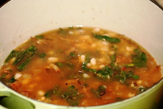 White Bean and Kale Soup | Easy Soup Recipes | Healthy Kale Recipes