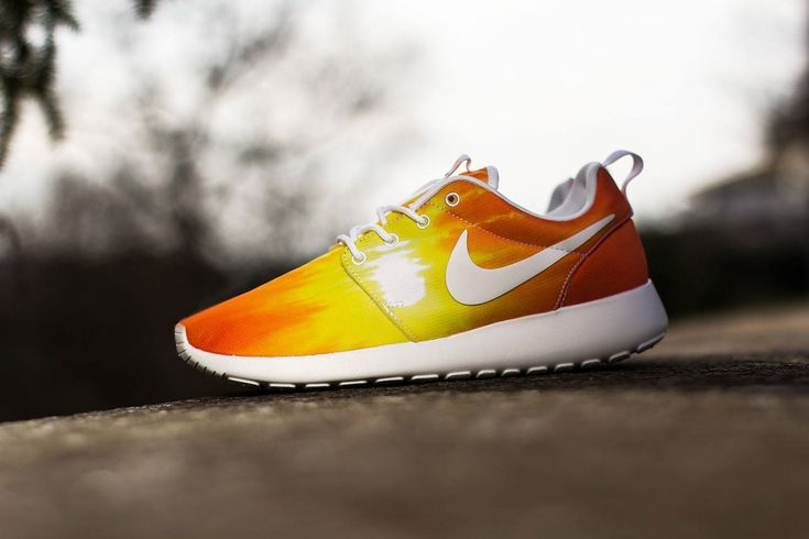"NUEVAS NIKE ROSHE RUN: ""SUNSET & PALM TREES"""