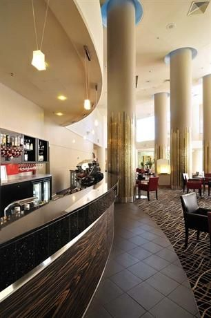Hotel Deal Checker - Crowne Plaza Hotel Gold Tower Surfers Paradise