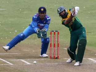 Hashim Amla's big opening stand with Quinton de Kock set up South Africa's series-sealing win in Durban