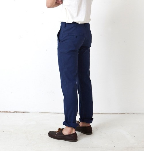 Great cut pants and boat shoes make you a dreamy, southern man with style! Make DTA! babes swoon!