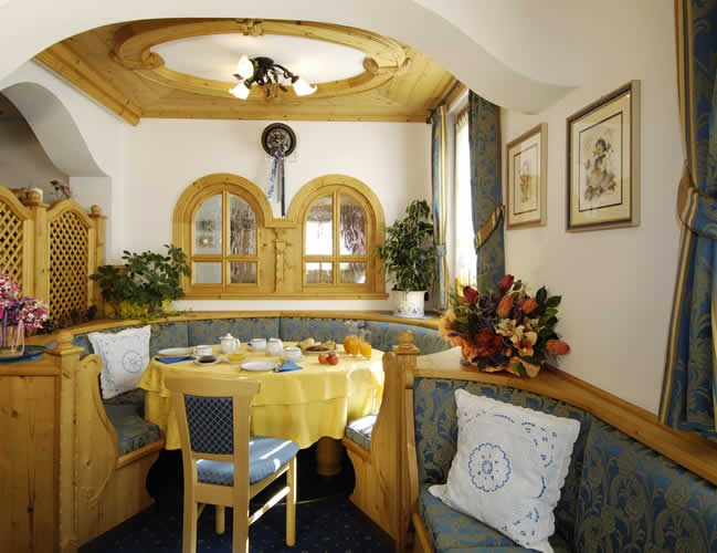 Our B in Arabba offers, in addition to lodging, a rich and tasty breakfast.