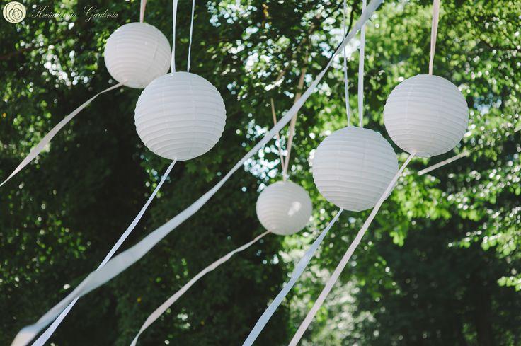 white lanterns, wedding ideas