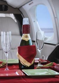Vuelo panorámico en avión privado con cena http://lasvegasnespanol.com/en-las-vegas/vuelo-panoramico-en-avion-privado-con-cena/