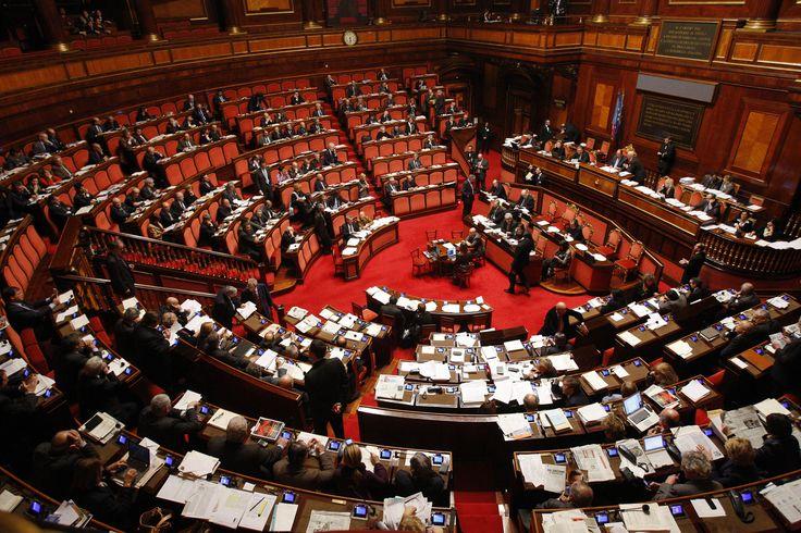 Come funzionano le decurtazioni alla diaria dei parlamentari assenteisti http://blog.openpolis.it/2017/02/09/funzionano-le-decurtazioni-dello-stipendio-parlamentari-assenti/13806