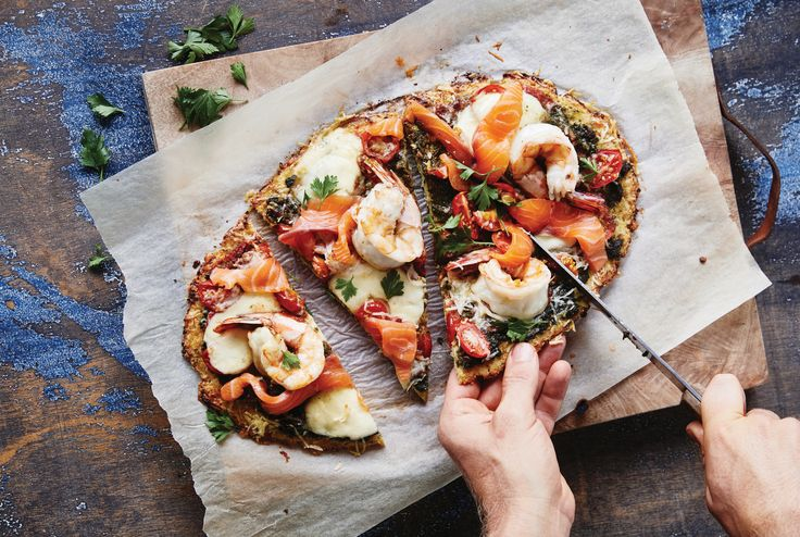 Don't want post pizza guilt? How about a crispy, light and golden Cauliflower Pizza Base, packed with protein, simple to make and versatile.