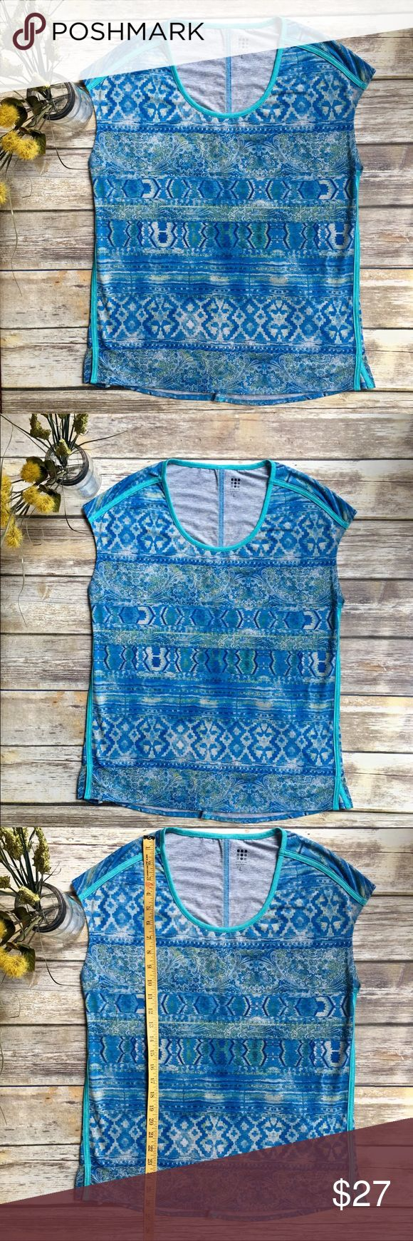 TITLE NINE Loose Fitting Blue Aztec Top - L TITLE NINE Loose Fitting Blue Aztec Top - Large. See photos for measurements. Great condition. No issues. Smoke free home. Title nine Tops Tees - Short Sleeve