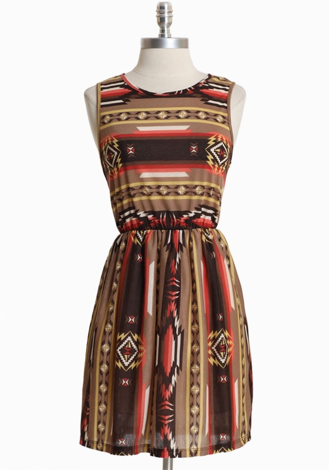 ShopRuche : Native American (North and South!) prints echo those of Eastern Europe, so this dress is a great choice for a dolly-kei coordi~~