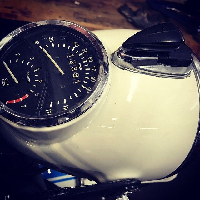 We did a resto/mod on this 71 BMW R60/5 a while back - just had to take a few shots of one of the sweetest headlamp/speedo housings around .... with that art deco key switch.... always a favorite. . . . . . #R60 #bmwmotorcycles #lifeontwowheels #okanagan #lovewherewelive #handcrafted #motorcycle #lifestyle #chopperlife #okanaganlifestyle #beautifulBC #whyweride #restomod #theroadishome #lifeofadventure #werideeverything