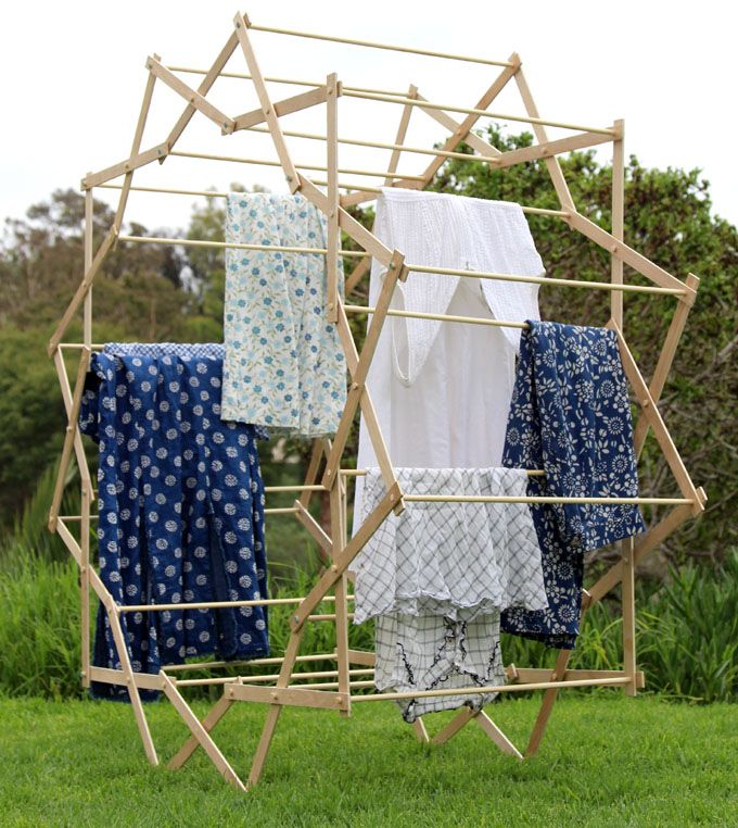 Make a beautiful star shaped clothes drying rack that magically expands, using very simple tools and materials! Detailed tutorial and free building plans. - A Piece Of Rainbow