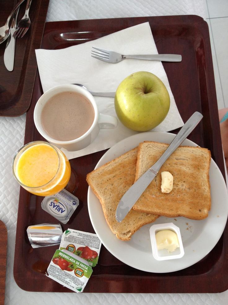 No hay nada como un buen desayuno mediterráneo ;) ¿Verdad @Lara Romero?
