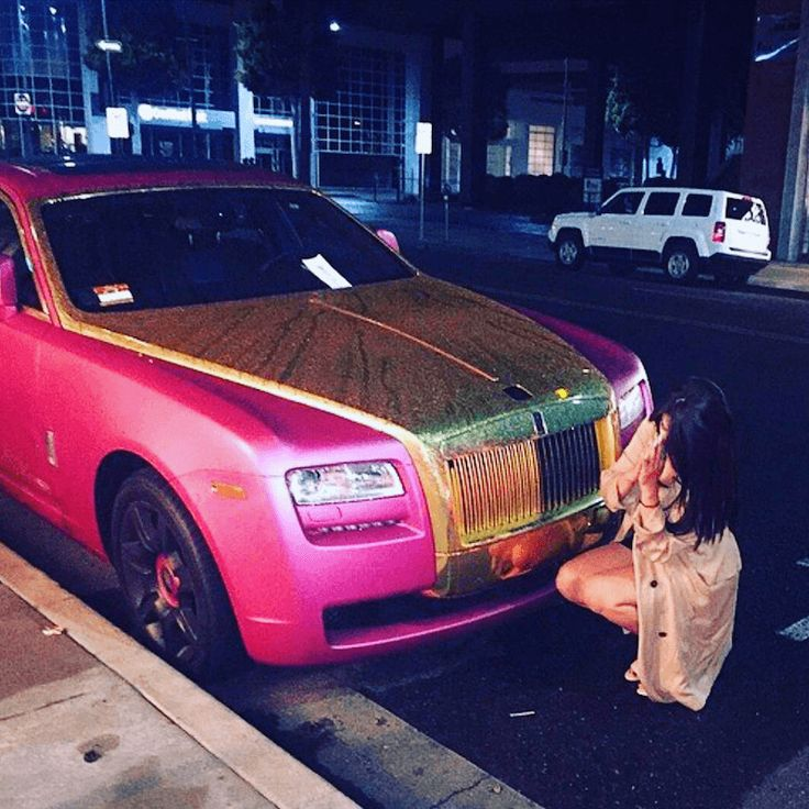 Narco Instagram Pink Car
