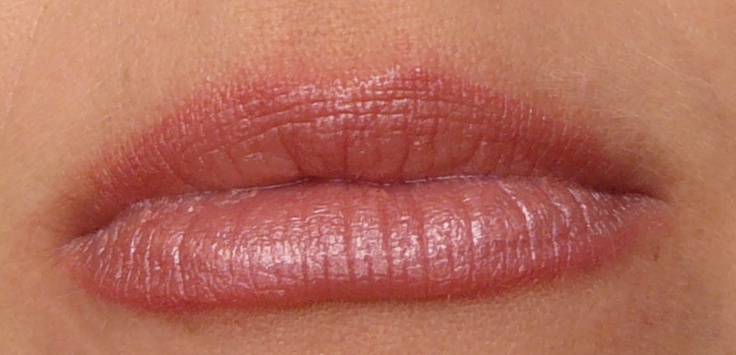 Daisy Lip Colour and Rose Liner