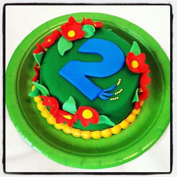 Tiny birthday cake for Everly. She had a Rio birthday, hence the feathers on the 2. by Twin Treats, via Flickr