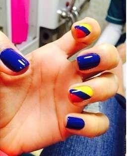 Decoracion de uñas mi seleccion Colombia