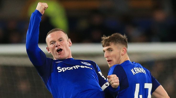 Everton 4-0 West Ham: Wayne Rooney hat trick