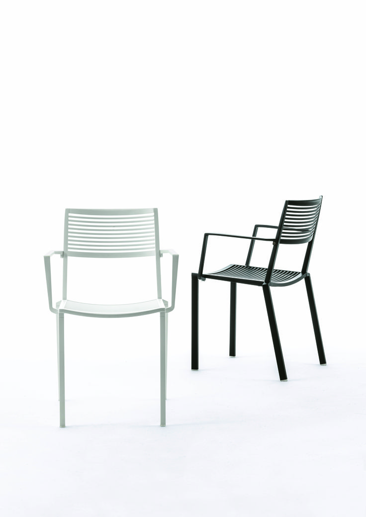 EASY collection. Armchair black and white / Poltrona nera e bianca. FAST IN_OUT_ALUMINIUM