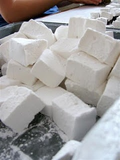 Homemade Marshmallows - saw how to make these on good eats (Alton Brown) once but I couldn't write fast enough for the recipe!