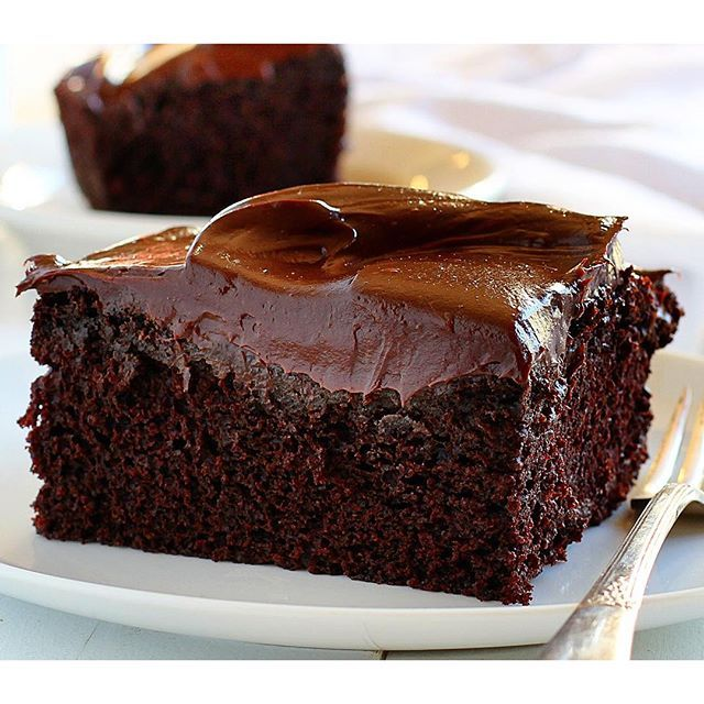 Reason #684 that I am fat. 1. I eat my feelings. Turns out I always have feelings.  #chocolatecake  #8x8cookbook