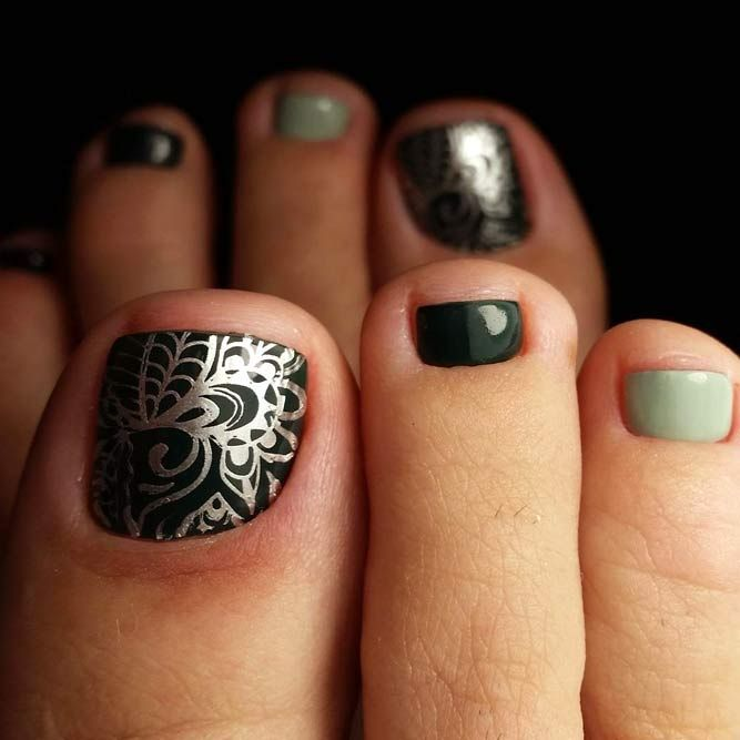 Fabulous Nails Art Designs For Your Toes