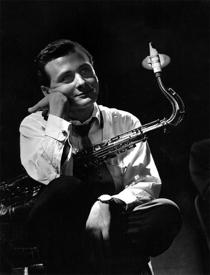 Stan Getz (was born Stanley Gayetski February 2, 1927 – June 6, 1991) [NYC, 1949]