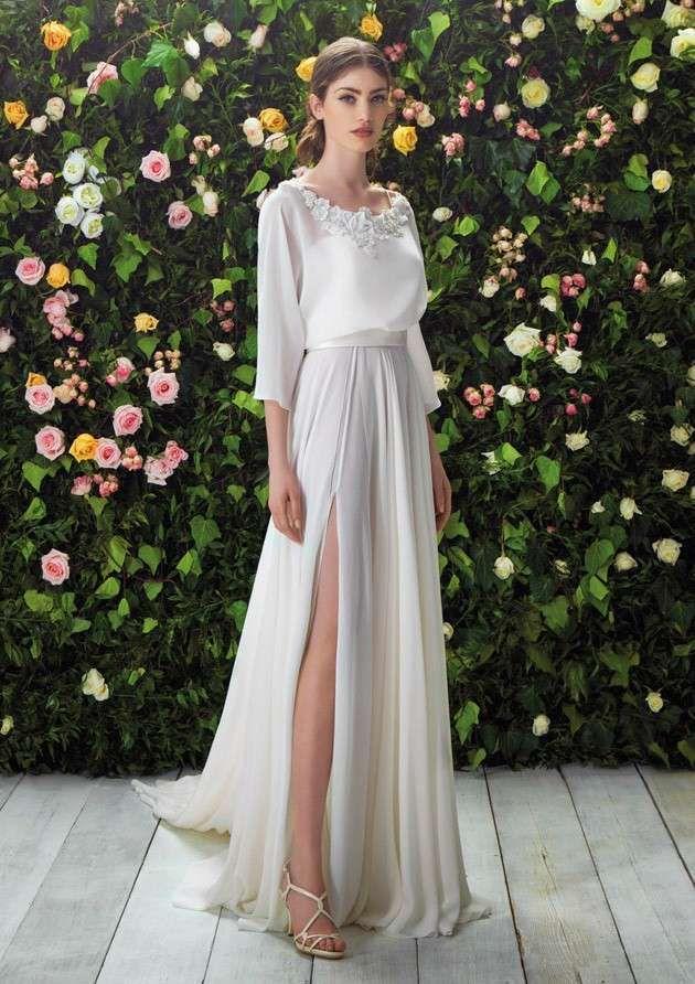 Vestidos de novia Blumarine 2017: fotos colección - Vestido mangas midi y abertura en falda