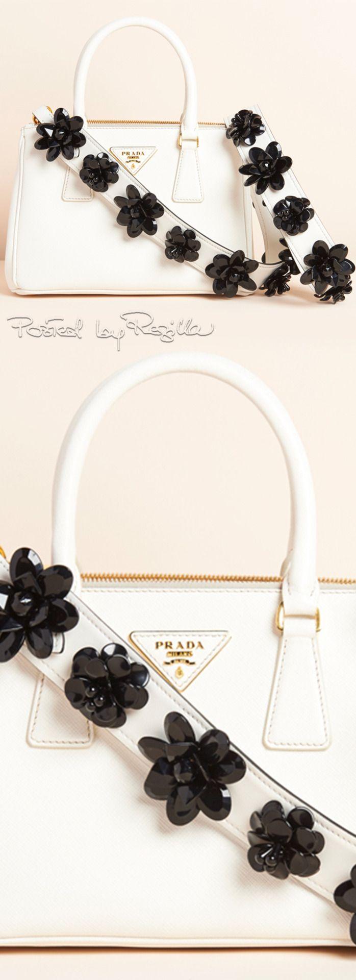 Regilla ⚜ Prada