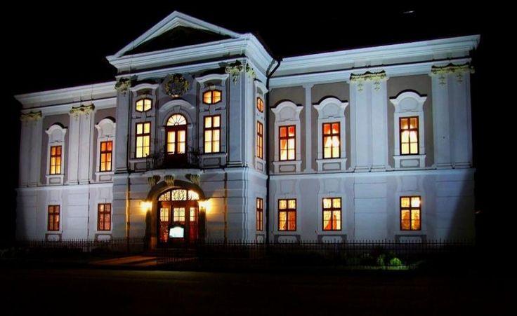 Historické Hotely Slovenska - Park Hotel Kaštieľ Mošovce, a Mansion property, located in Western Slovakia, Slovakia  http://www.historichotelsofeurope.com/property-details.html/park-hotel-kastiel-mosovce