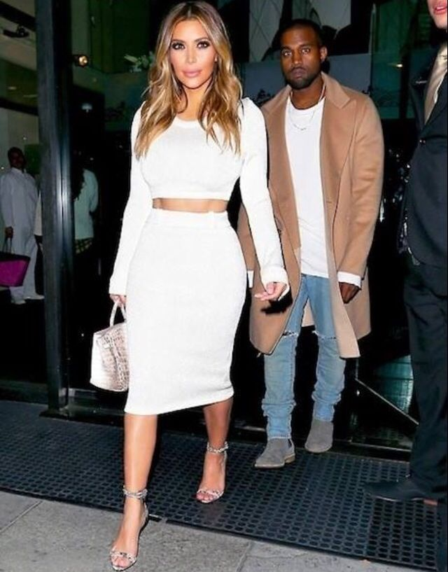 One of my fav Kim K looks. Love the Himalayan birkin!
